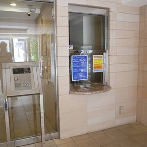 プレスト・アイディ秋葉原のマンションの入口・エントランス