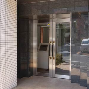レガリアシティ神田末広町のマンションの入口・エントランス