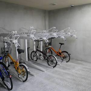 レガリアシティ神田末広町の駐輪場