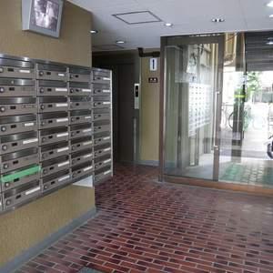 安田小網町マンションのマンションの入口・エントランス