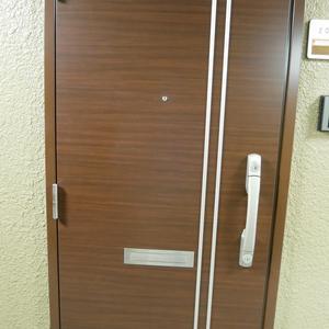 安田小網町マンション(2階,)のフロア廊下(エレベーター降りてからお部屋まで)