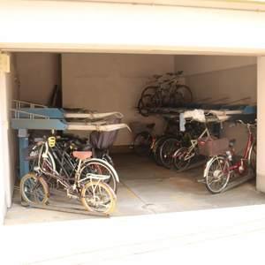 牛込ハイマンションの駐輪場