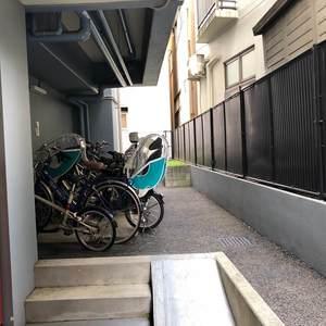 セザール第2中野の駐輪場