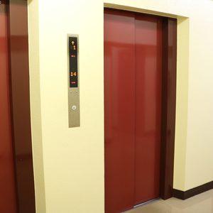 牛込ハイムのエレベーターホール、エレベーター内