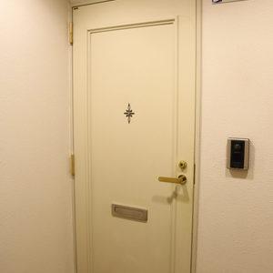 シティハイツ根津(2階,)のフロア廊下(エレベーター降りてからお部屋まで)