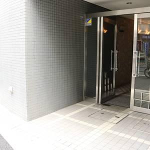 グランドメゾン千駄木のマンションの入口・エントランス