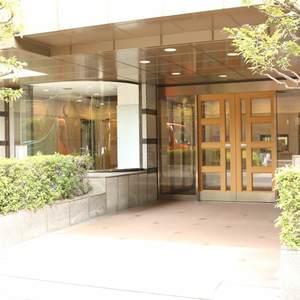 シーアイマンション根津弥生坂のマンションの入口・エントランス