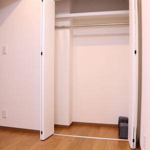 シーアイマンション根津弥生坂(2階,3080万円)の洋室