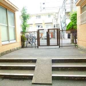 大山コーポサンキョーのマンションの入口・エントランス