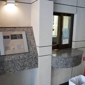 ダイアパレス元浅草ブライトスクエアのマンションの入口・エントランス