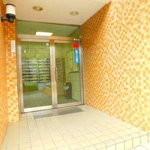コスモ上池袋のマンションの入口・エントランス