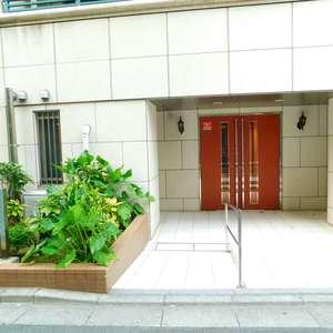 グランスイート大塚のマンションの入口・エントランス