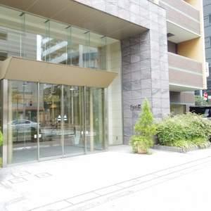 フィールM西新宿のマンションの入口・エントランス