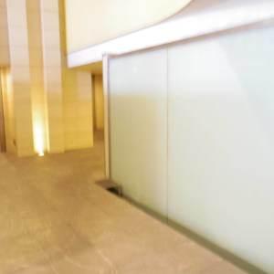 フィールM西新宿の共用ロビー