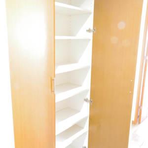 フィールM西新宿(12階,)のお部屋の玄関
