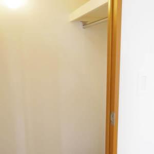 フィールM西新宿(12階,)のウォークインクローゼット
