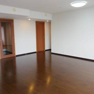 シティタワー新宿新都心(27階,)のキッチン