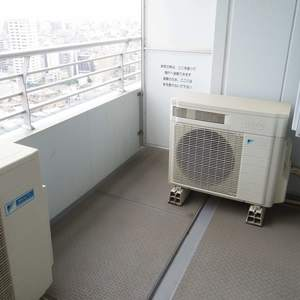 シティタワー新宿新都心(27階,)のバルコニー
