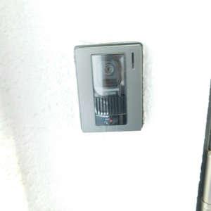マンション雅叙苑3号館(3階,)のフロア廊下(エレベーター降りてからお部屋まで)