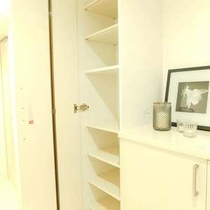 クレッセント目黒花房山(2階,7480万円)のお部屋の玄関