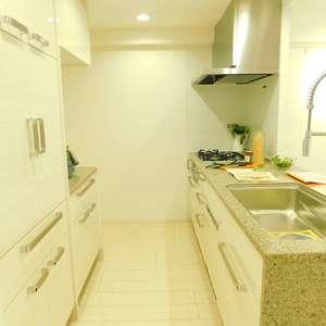 クレッセント目黒花房山(2階,7480万円)のキッチン