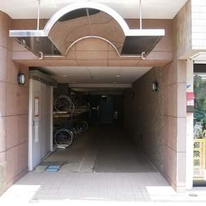 グリーンパーク天神のマンションの入口・エントランス