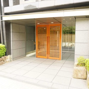 松濤ガーデンのマンションの入口・エントランス