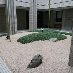 松濤ガーデンの共用ロビー