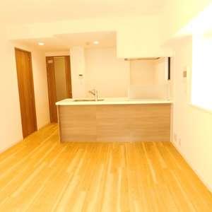 グランシティ早稲田(2階,5180万円)の居間(リビング・ダイニング・キッチン)
