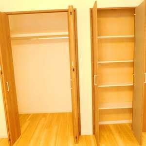 グランシティ早稲田(2階,5180万円)の洋室