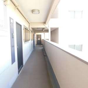 コープ戸山台(7階,)のフロア廊下(エレベーター降りてからお部屋まで)