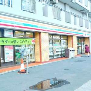 トーア早稲田マンションの周辺の食品スーパー、コンビニなどのお買い物