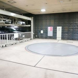 松濤ガーデンの駐車場