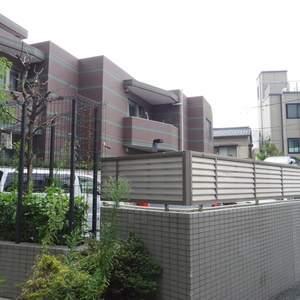 フィールM西新宿の駐車場