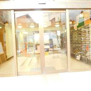 サンパティオ高田馬場のマンションの入口・エントランス