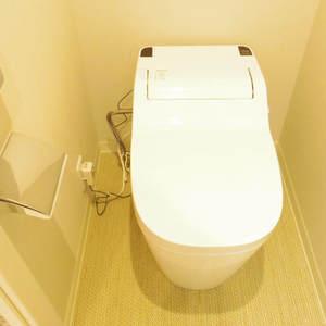 ライオンズマンション中野坂上(3階,)のトイレ