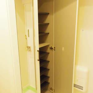 宮園キャピタルマンション(8階,3490万円)のお部屋の玄関