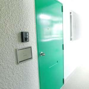 グリーンキャピタル神楽坂(2階,3780万円)のフロア廊下(エレベーター降りてからお部屋まで)