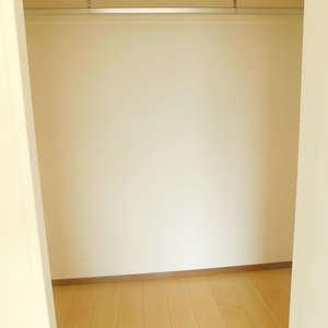 グランシャリオ神楽坂(7階,)のウォークインクローゼット