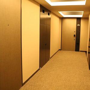 ウィルローズ市谷柳町(7階,)のフロア廊下(エレベーター降りてからお部屋まで)