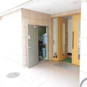 ハイネス野方のマンションの入口・エントランス