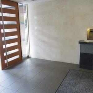 ヴェルビュ沼袋のマンションの入口・エントランス