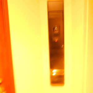 西早稲田シティタワー(9階,)のフロア廊下(エレベーター降りてからお部屋まで)