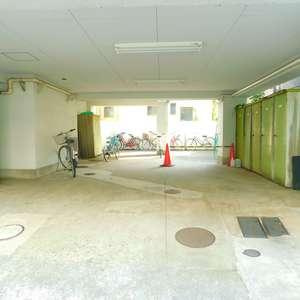 若松町ハビテーションの駐輪場