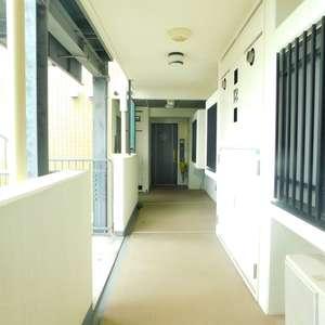 サンクレイドルレヴィール池袋(12階,)のフロア廊下(エレベーター降りてからお部屋まで)