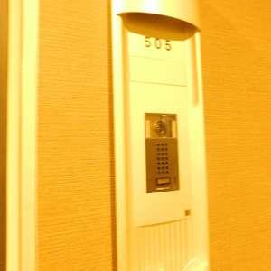パークタワー池袋イーストプレイス(5階,)のフロア廊下(エレベーター降りてからお部屋まで)