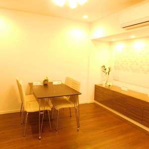 メゾンサンシャイン(10階,4199万円)の居間(リビング・ダイニング・キッチン)