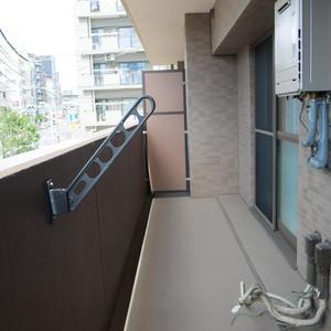 トーシンフェニックス高円寺弐番館(2階,)のバルコニー