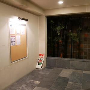 トーシンフェニックス高円寺弐番館の共用ロビー
