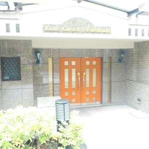 ライオンズガーデン哲学堂のマンションの入口・エントランス